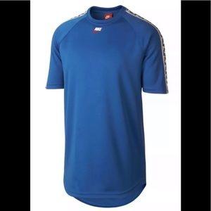 Nike Sportswear NSW Short Sleeve Top blue T-Shirt